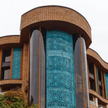 mjkjj e1619590086730 - قبل از سفر به اصفهان، بهترین هتل آن را بشناسید