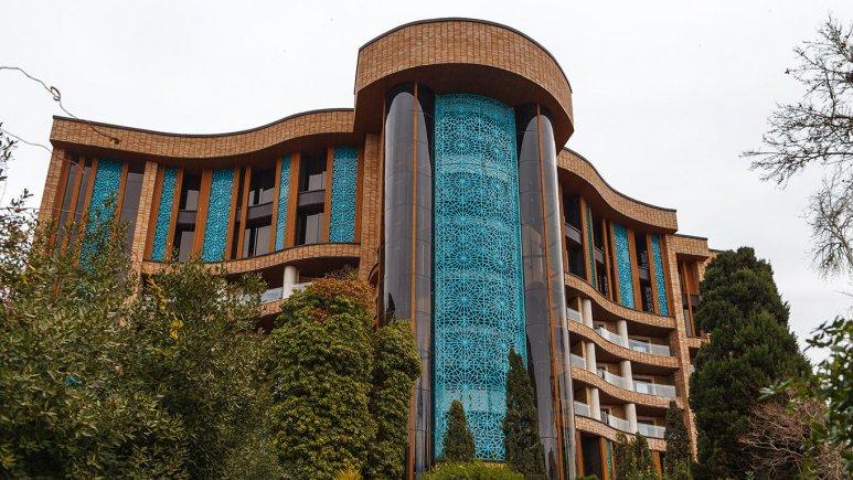 mjkjj - قبل از سفر به اصفهان، بهترین هتل آن را بشناسید